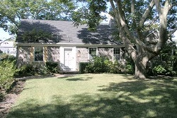 Cute Cottage on Rose Lane, pet friendly by owner vacation rental in nantucket
